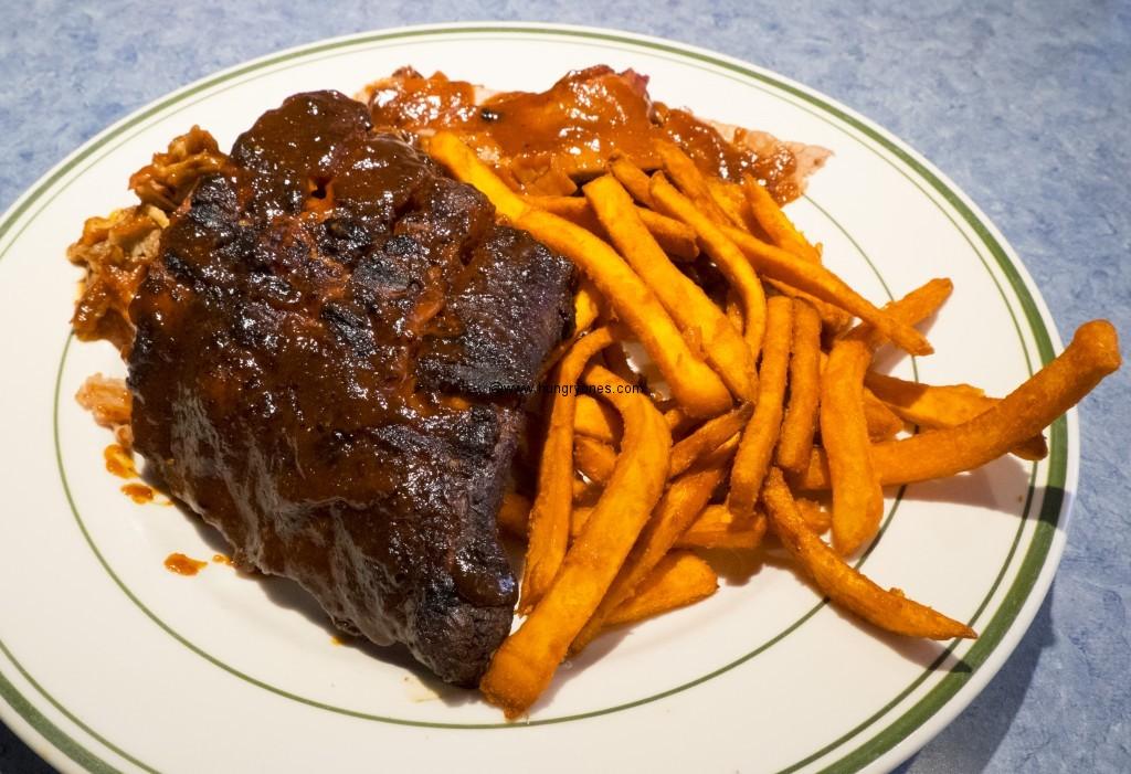 Bbq ribs and sweet potato fries.