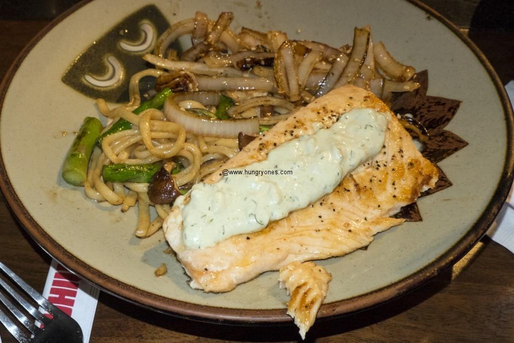 Salmon, asparagus, onions, yakisoba, avocado sauce